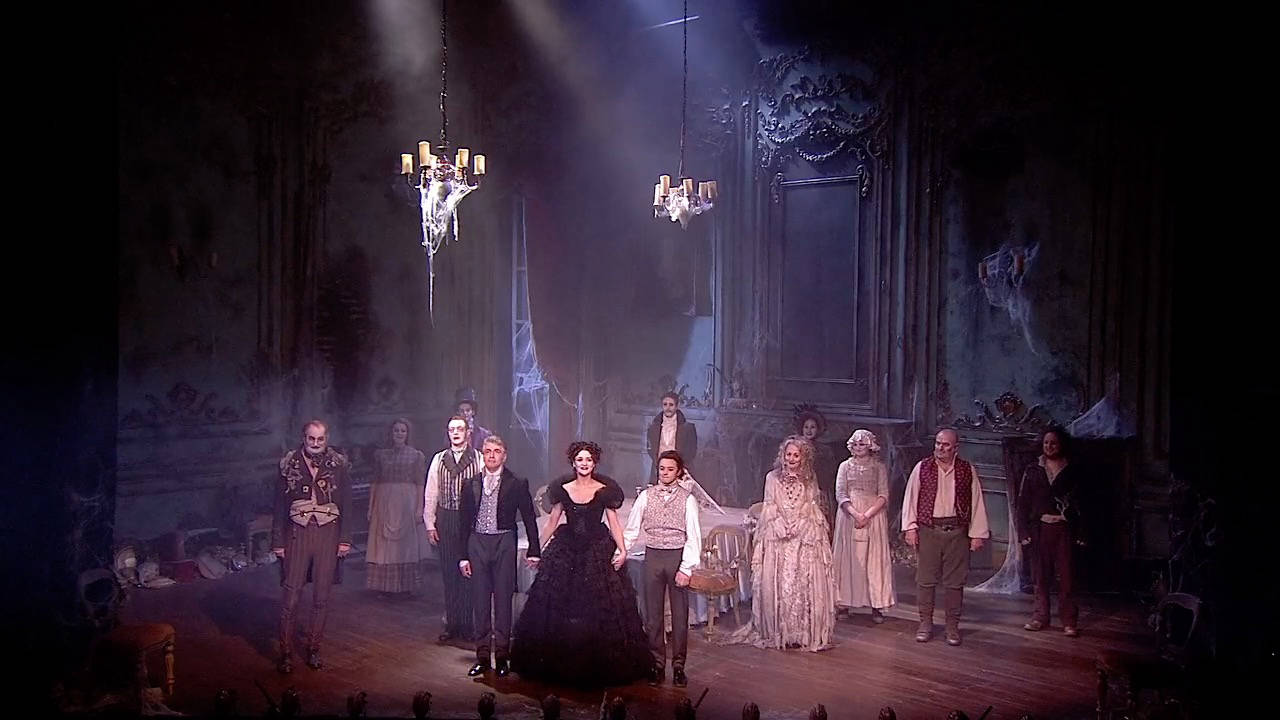 GREAT EXPECTATIONS - Full Company Curtain Call