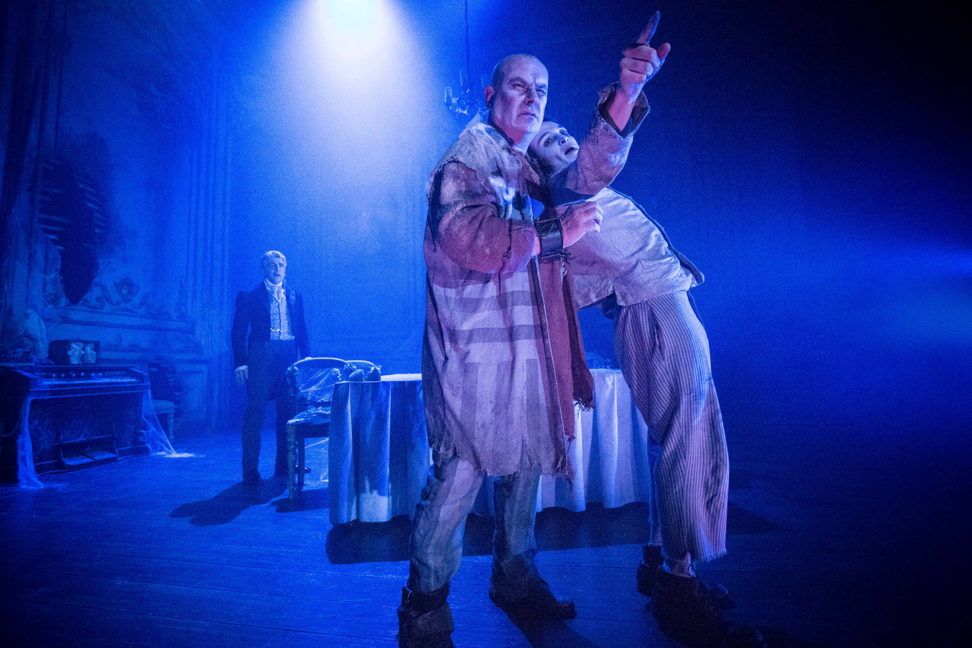 GREAT EXPECTATIONS - Magwitch / Young Pip - Chris Ellison / Taylor Jay-Davies Jaap Buitendijk