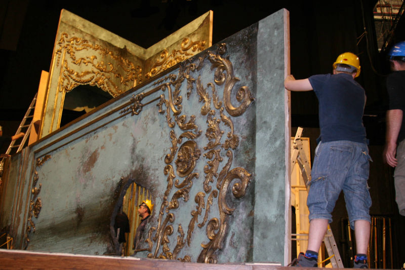GREAT EXPECTATIONS - Set Construction - Robin Peoples